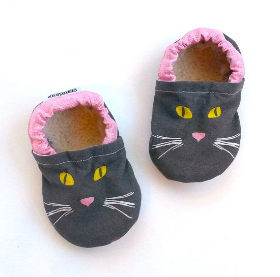 Hey, I found this really awesome Etsy listing at https://www.etsy.com/listing/197961022/baby-cat-shoes-cat-face-shoes-with-cat