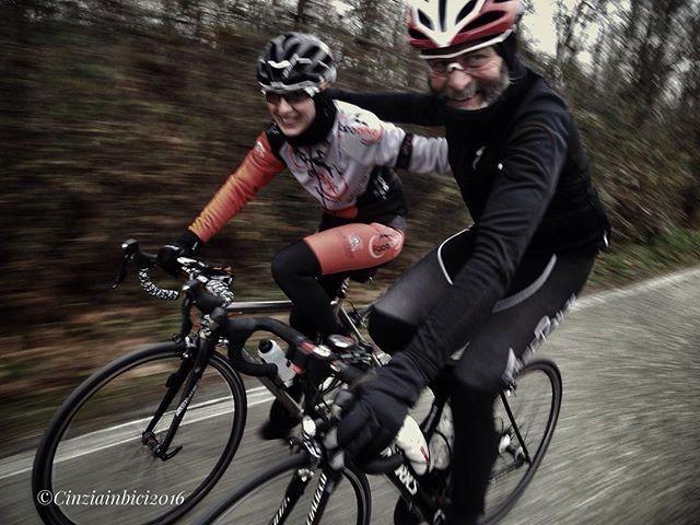After a bike ride life smiles at you, or at least tries - Dopo un giro in bicicletta la vita ti sorride, o almeno ci prova www.cinziainbici.it