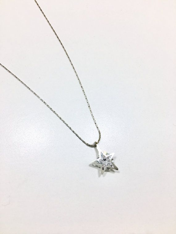 Simple, elegant and unique. It is one of our Shape your diamond collection. They made a perfect gift for you or your friends! This pendant is designed and made by me. The design is quite simple but it showed some uniqueness. Its like you are wearing a star shape diamond. The cubic zirconia (CZ) was round and was presure set underneath the Star shaped frame. The pandent is made of sterling silver and measured at 12mm x 15mm. There is a 8mm cubic circonia (CZ) set behind the frame. The pandent…
