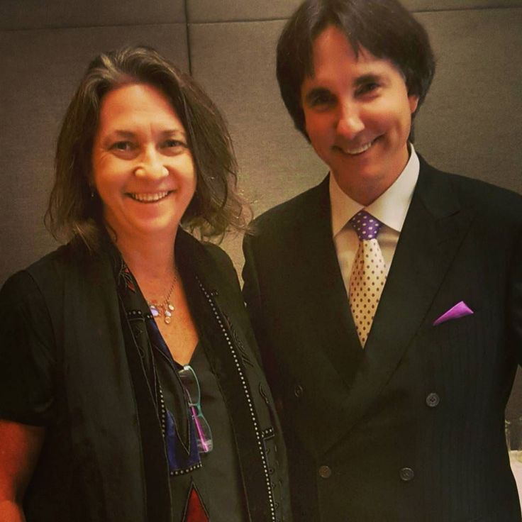 Today I felt like a kid on Christmas day who got exactly what they wished and a teenager on their first date....Got to spend time with Dr John Demartini and pick his polymath brain about all things mastery.... I could just sit and listen to him all day .  Love Learning and expanding my awareness.