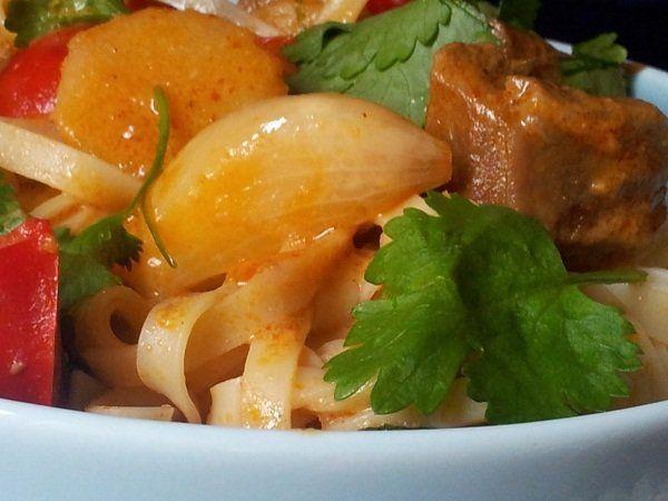 Przepis Na Pikatne Curry Kuchnia Azjatycka Jagniecina Stuffed Peppers Food Curry