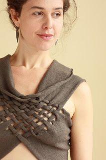 INFINI, laine mérinos (interventions manuelles sur machine à tricoter)