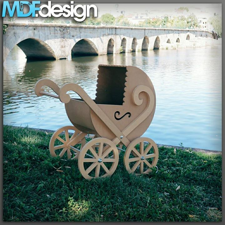 Carrinho de Bebé GUI - http://ift.tt/29XdScI