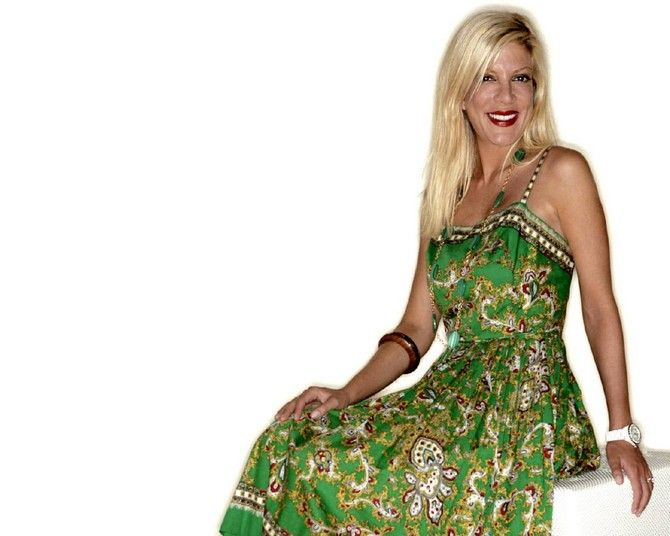 pictures for computer wallpaper celebritries candy spelling | Tori Spelling 079 wallpaper - Tori Spelling - Celebrities | Girls ...