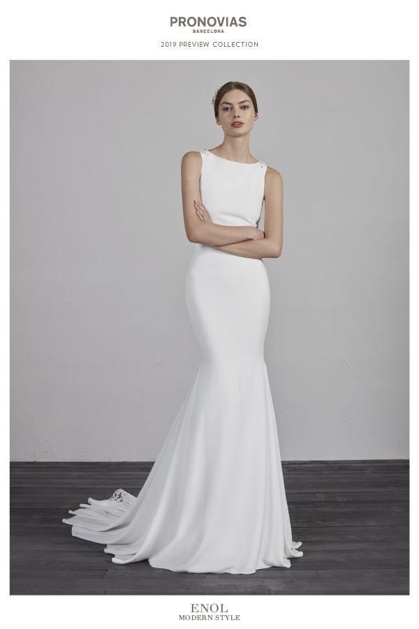 2bae92f6b Are you a modern bride  Discover the 2019 PRONOVIAS Preview ...