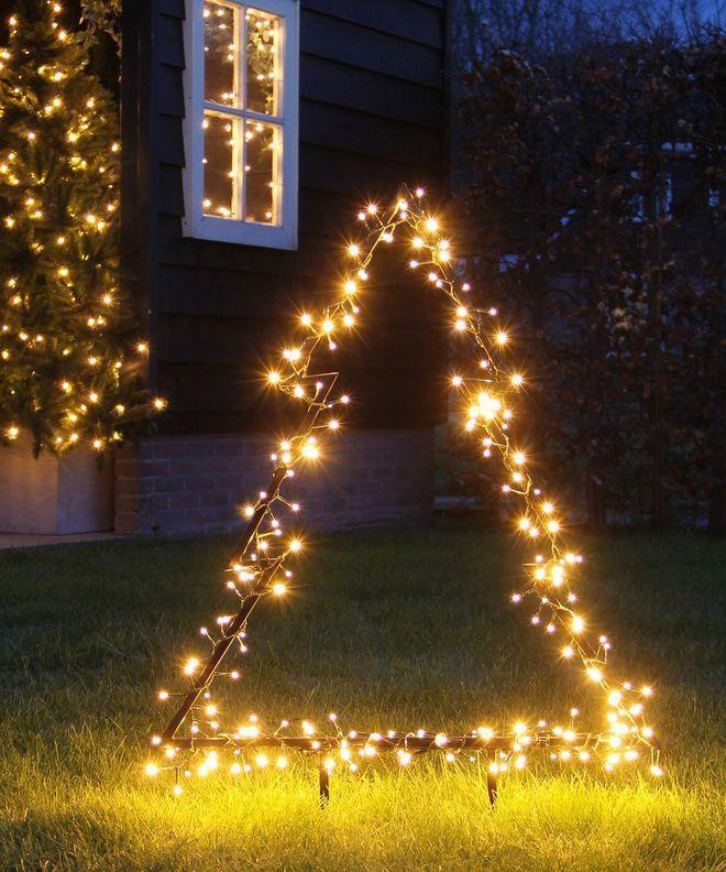 Deco De Noel Exterieur 20 Idees Lumineuses Pour Le Jardin Et La Facade Deco Noel Exterieur Decoration Lumineuse Noel Decoration Noel Exterieur