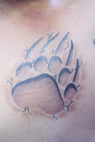 Bear Paw claw tattoo by nmhouseofpain, via Flickr    This is how I wanted my OM tattoo to look like , but it is sooo not like this quality.