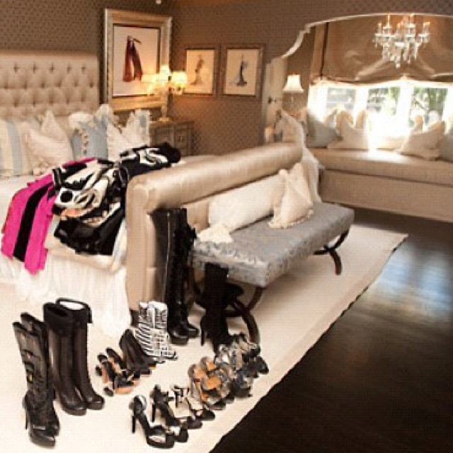 the area by the window juicy couture dream room