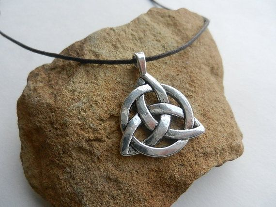 Mens Necklace Triquetra Celtic pendant Male necklace
