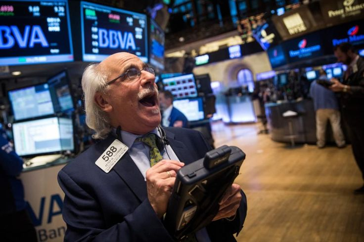S&P 500 reaches record all-time high - http://www.nydailynews.com/news/national/s-p-500-reaches-record-high-thanks-positive-europe-news-article-1.2114863