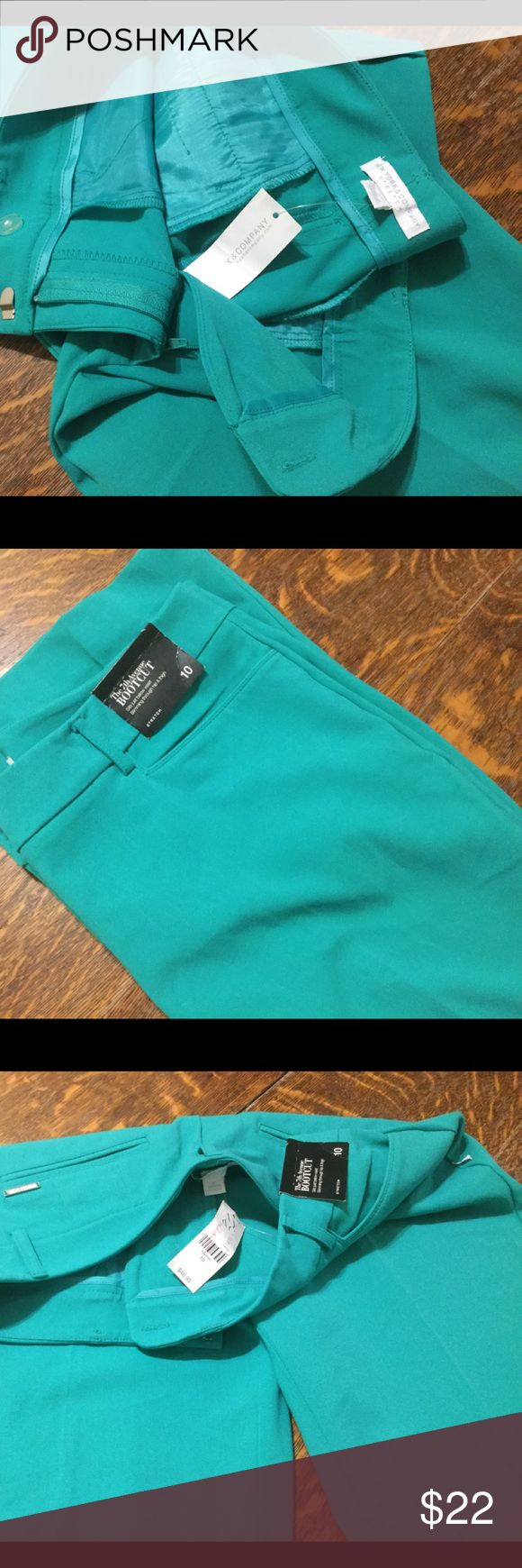 Woman's new with tags mint green pants ny & co Stretch material, casual or dress slacks in green. New York & Company Pants Boot Cut & Flare