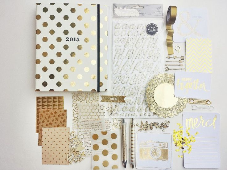 Oooooh! I have a thing for office supplies and organization. LOL >>>>> 2015 Kate Spade Agenda and Embellishments