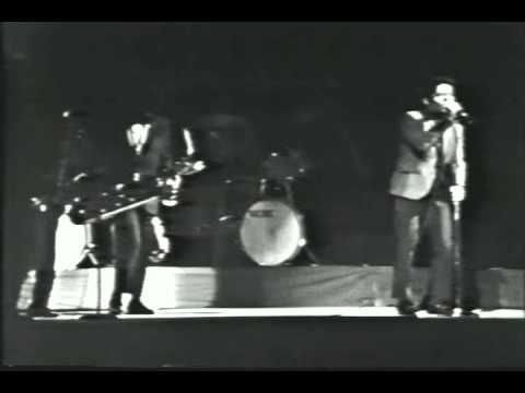 James Brown - Live at Boston Garden (1968) Concert following the assassination of Martin Luther King, Jr.