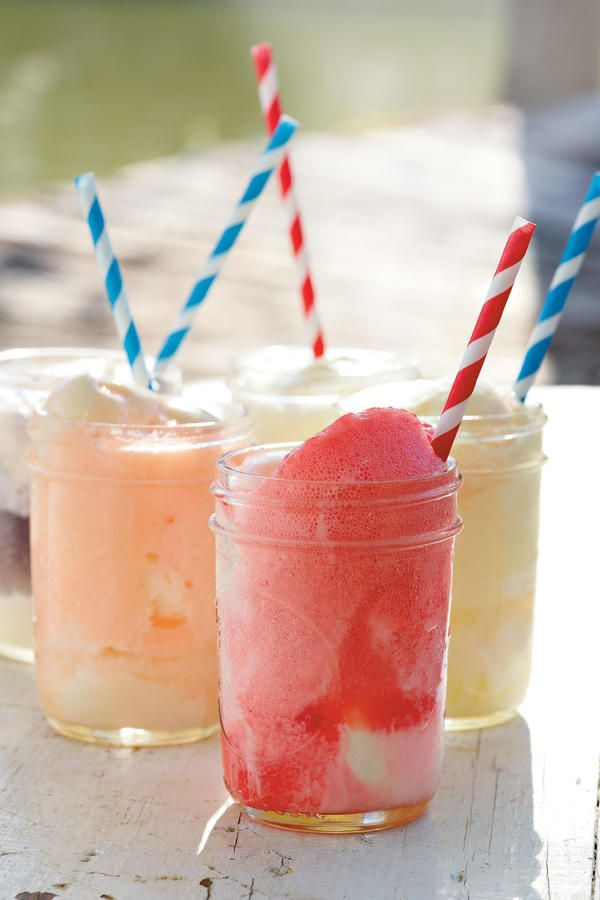 No-Fuss Party Dessert - Festive 4th of July Desserts - Southernliving. Fizzy, Fruity Ice-cream Floats: Let guests pour their favorite fruit-flavored soft drinks (such as grape, lime, or black cherry) over scoops of vanilla ice cream. Striped straws add a retro touch (greenpartygoods.com or jackandlulu.com).