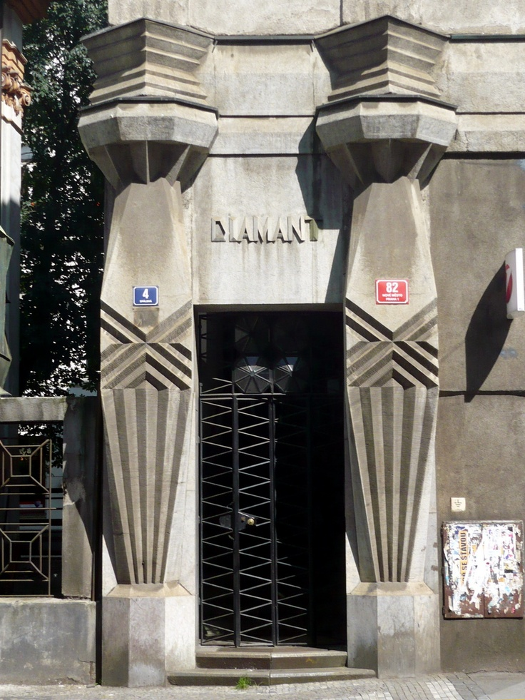 Haus Diamant,  Prague, 1912–1913  Technically not Art Deco, which is said to have originated in Paris in the 20ies