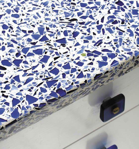 Vetrazzo 39 S Top Shelf Mix The Cobalt Skyy Countertop Is