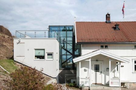 Nytt tilbygg på gammelt hus