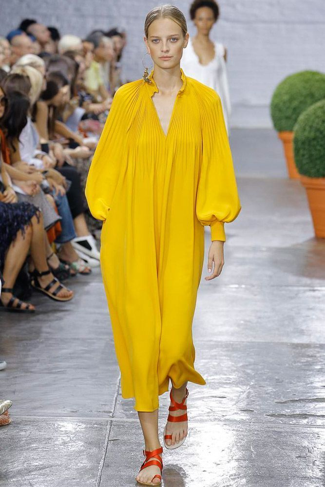 Trends NYFW SS17 Yellow From mustard to chartreuse to bright, zingy lemon, yellow ran the gamut in New York. At Tibi, Amy Smilovic was inspired by the photography of Julie Blackmon, whose pastel Fifties yellows she found arresting enough to emulate; while at Sies Marjan, there were more of the fizzy sherbet yellows that brought designer Sander Lak's debut collection such attention last season. Alexander Wang went all out with highlighter pen neon and Thakoon favoured a more muted mustard…