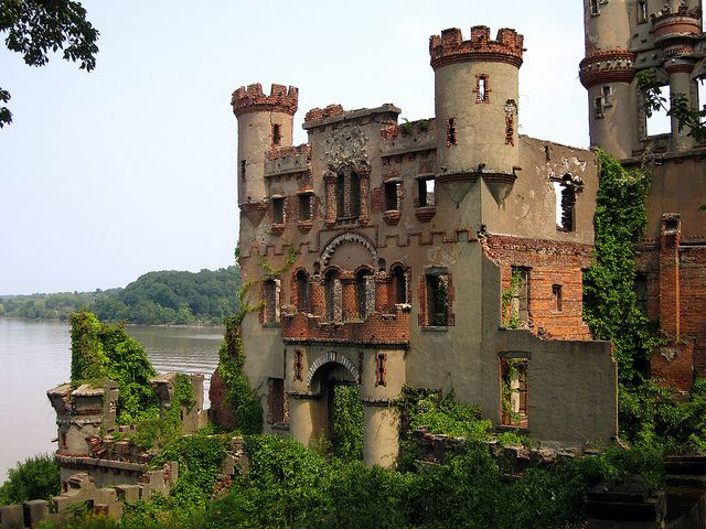 Bannerman's Castle is located on Pollepel Island 50 miles north of New York City on the Hudson River. It isn't even a castle but the remains of an abandoned military surplus warehouse. Bannerman bought the island in 1900 and the following year the project began. He aimed to use his castle as a huge advert for his business; the castle was clearly visible from the shore. After his death in 1918 construction stopped, 2 years later shells and powder exploded destroying half the building