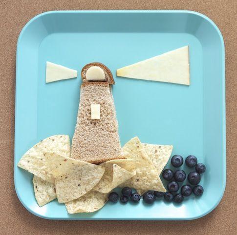 easy summer lunch for kids: lighthouse sandwich
