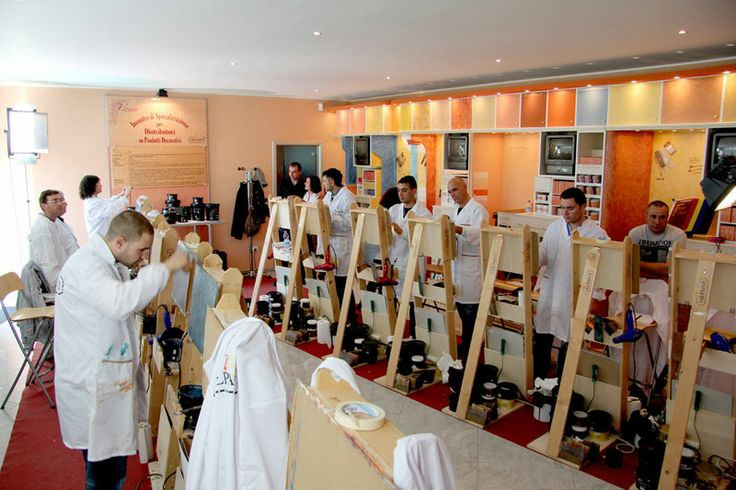 Training and demos Valpaint: some of the fundamental ingredients contributing to the success of the company in Italy and abroad.