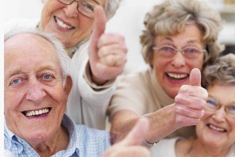 Sono gli anziani a trainare i consumi. Per la prima volta la spesa per consumi delle coppie con un capofamiglia anziano (di 65 anni e oltre) e' superiore (e non di poco: circa 1.200 euro l'anno in piu') a quella delle coppie con a capo un giovane ...