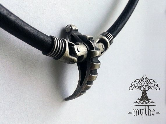 Men's Necklace Pendant Oxidized Sterling Silver Claw Talisman Amulet Pendant Necklace Cyberpunk Minimalist Jewelry Totem Pendant motocycles