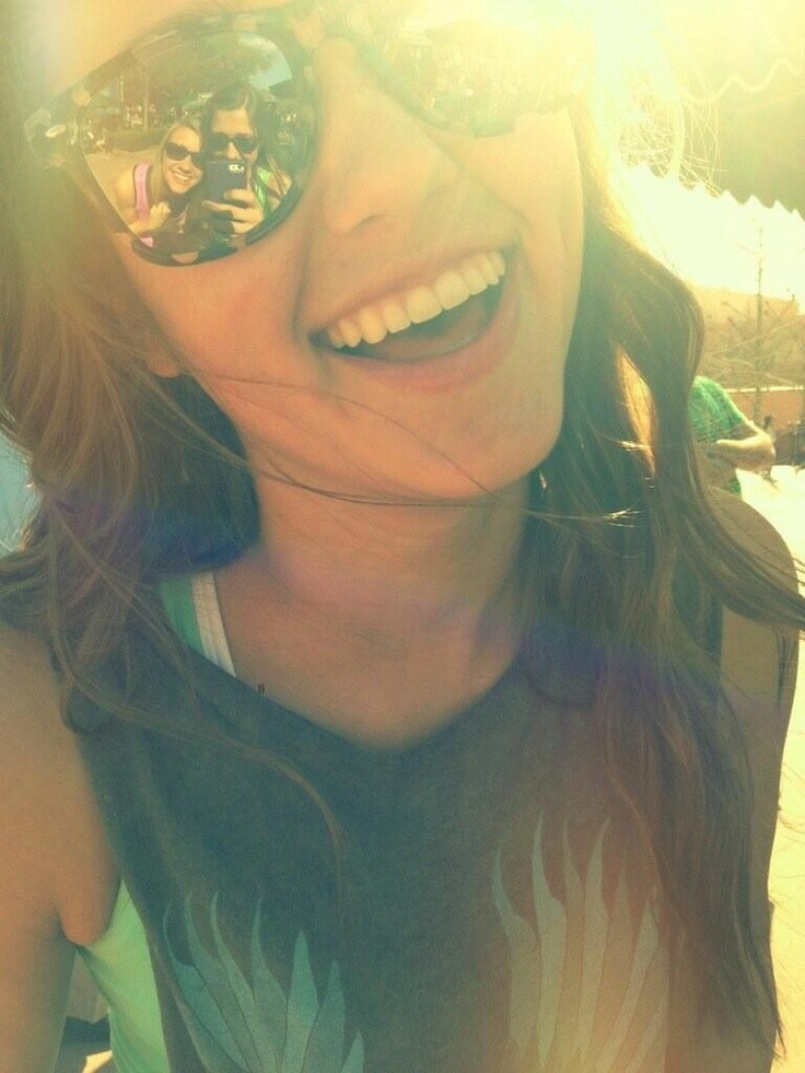 Sadie Robertson- love her hair color.