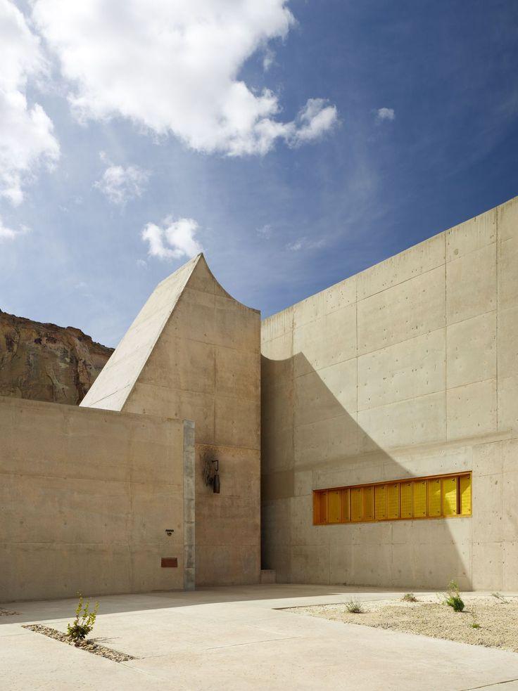 Amangiri Resort + Spa by Marwan Al-Sayed Inc. Architecture + Design / Canyon Point, UT