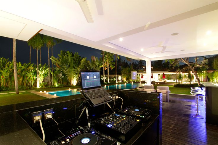 Party Heaven At Luxurious Villa Kalyani - Check it out!
