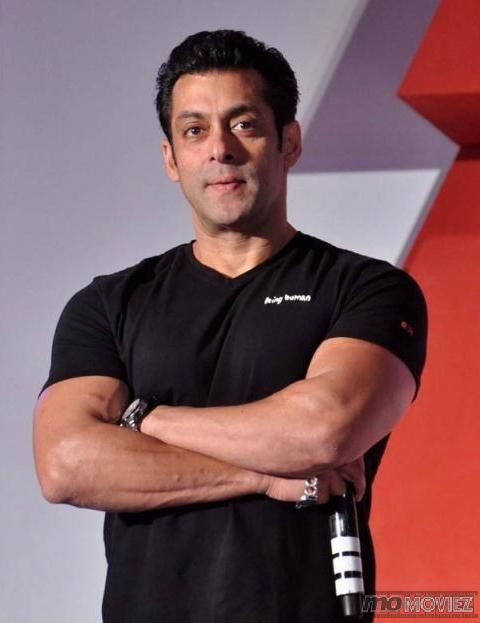Salman khan is a painter, writer, telly host, eligible bachelor and gym icon all rolled into one. Know more about Sallu on http://momoviez.com/