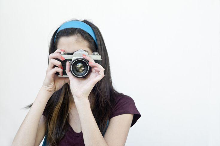 Υπάρχει λύση! Είναι εύκολη και προπάντων ανέξοδη! Μπορείτε, λοιπόν, να φτιάξετε το δικό σας μικρό στούντιο φωτογράφισης στο σπίτι σας!