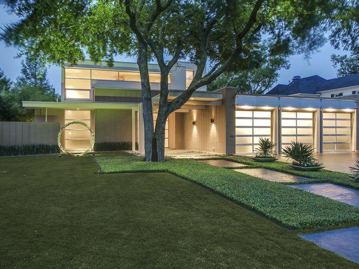 Art Lovers Modern Retreat In Preston Hollow Properties North Dallas Moderns Mondays Interior DesignModern
