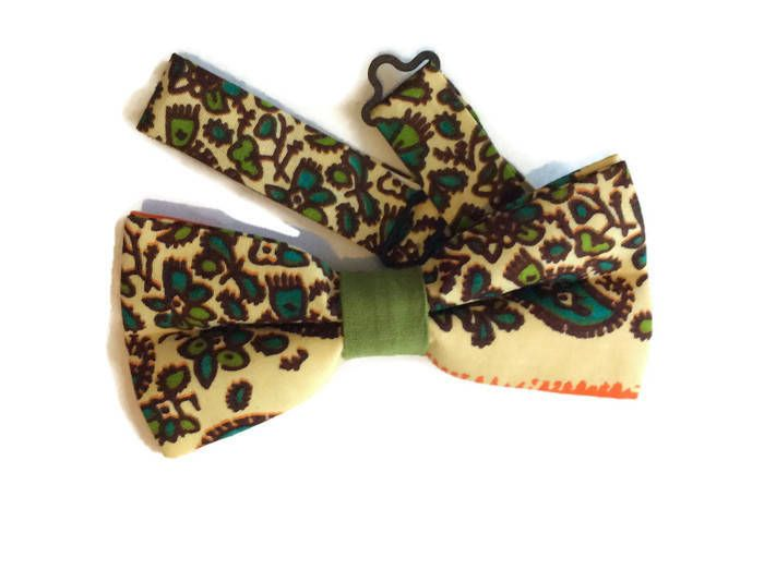Made with ❤️ Mens African Print Bow tie And Pocket Square, AfroNeckties African Clothing, Weddings Graduation Dress Accessories, Teen Gift  https://www.etsy.com/listing/547505856/mens-african-print-bow-tie-and-pocket?utm_campaign=crowdfire&utm_content=crowdfire&utm_medium=social&utm_source=pinterest