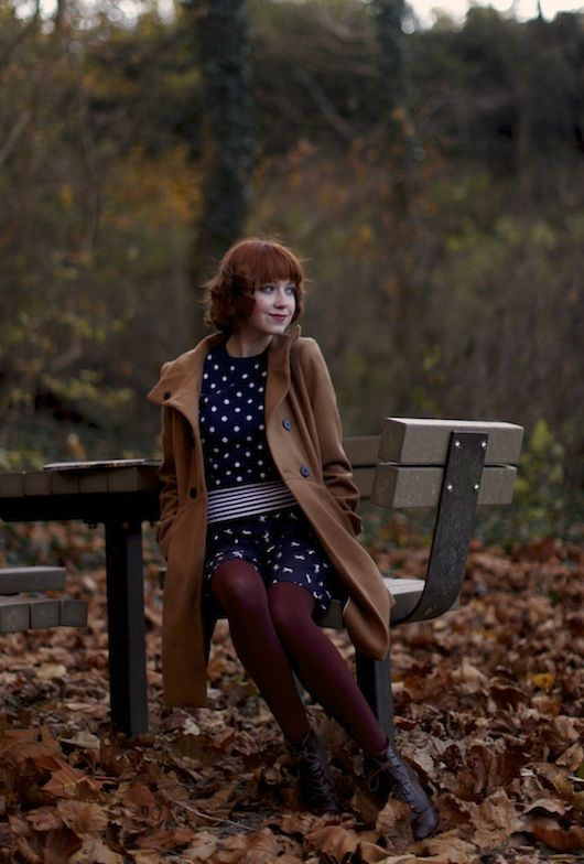 The Clothes Horse OPAQUE coloured tights in autumn classic colours, burgundy, brown, hunter, aubergine, rust...