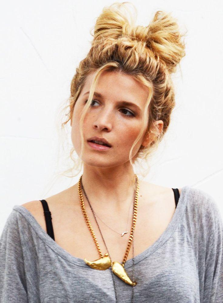 Super 1000 Ideas About Bow Bun Tutorials On Pinterest Bow Buns Hair Short Hairstyles Gunalazisus