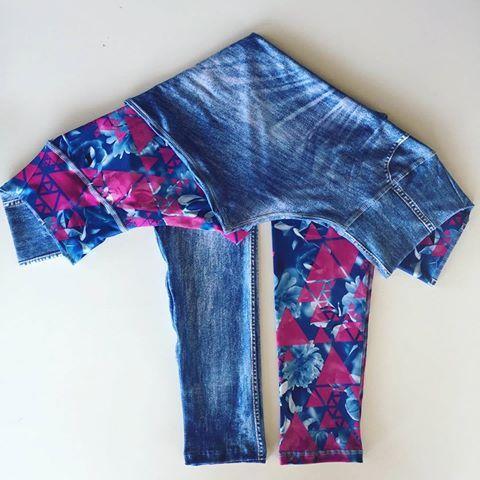 Uma calça, duas estampas 😍  Mais praticidade pra você com a calça dupla face, que já virou a queridinha do momento 😉