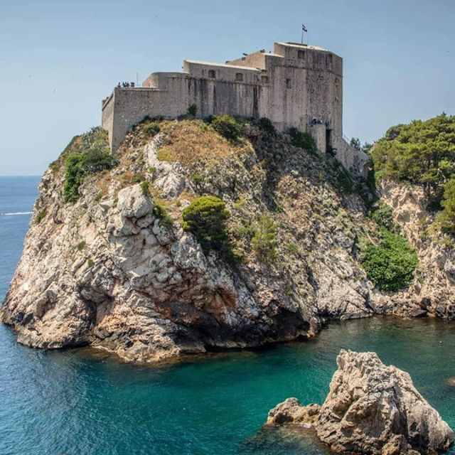 Croatia Where Historical And Cultural Treasures Meet Beaches And Turquoise Waters La Croatie Ou Tresors Historiques Et Culturels Cotoient Plages Aux Eaux T