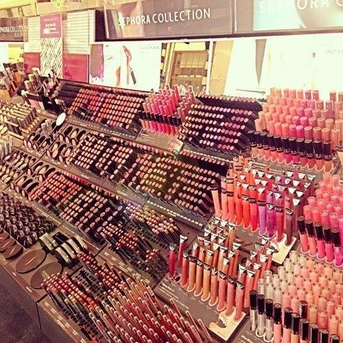 sephora makeup Heaven :)  Give me a 5 minute FREE grab session ;) Now that would be a fun time!!!