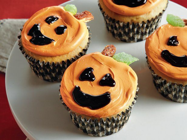 8 best halloween cupcakes images on Pinterest Conch fritters - halloween cupcake decor