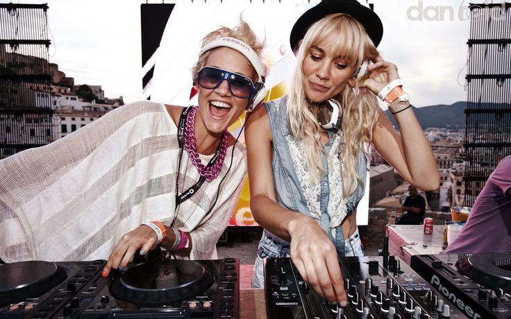 Nervo.  #style #djs #music #girldjs  #fashion  #housemusic #gig