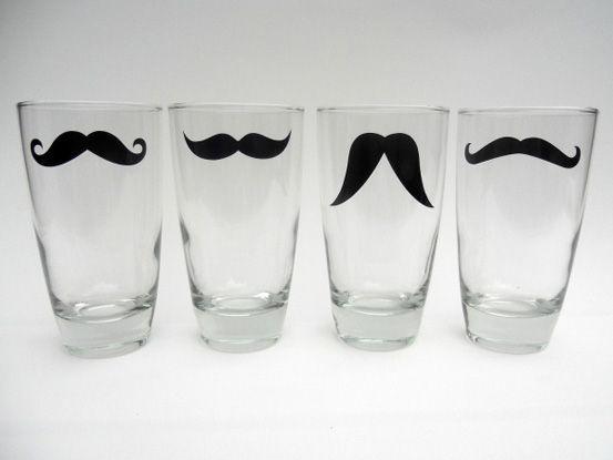 Moustache vandglas