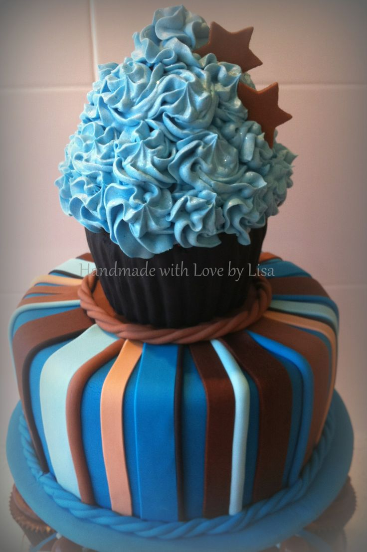 Cupcake Decorating Ideas For Guys : 144 best Cakes - Giant Cupcake images on Pinterest Giant ...