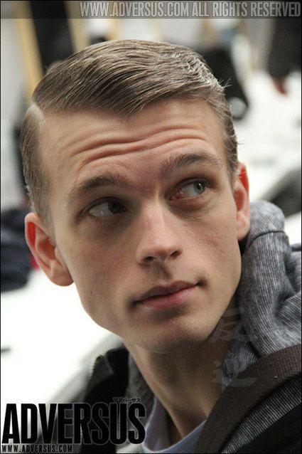 Ideeën voor mannen kapsels: 20 kapsel foto's voor winter 2013 2014. Kapsels op ADVERSUS | hairstyles voor mannen | Scoop.it