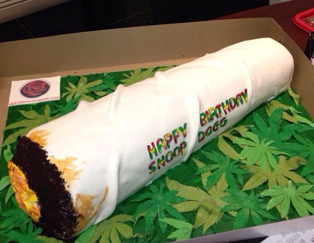 Snoop Dogg S Bday Cake 420 Cakes Cakes And More Cakes
