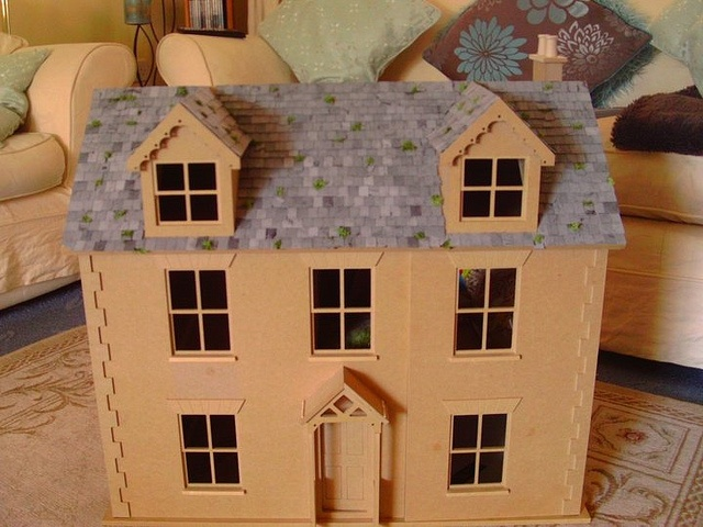 Front of the roof done by Sweetbriar Dreams, via Flickr