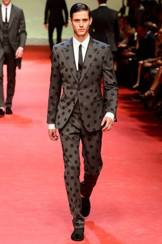 Dolce & Gabbana Spring 2015 Menswear Collection Slideshow on Style.com