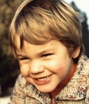 Este es el mio... Roger siempre sonriente desde chiquillo. #Tennis