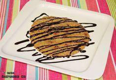 Cómo hacer una galleta gigante en el microondas/ con receta.