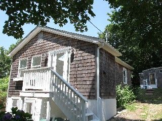 Montauk House And Guest Cottage At Fort Pond Bay